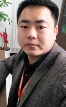 罗权        董事长        公司创始人        毕业院校